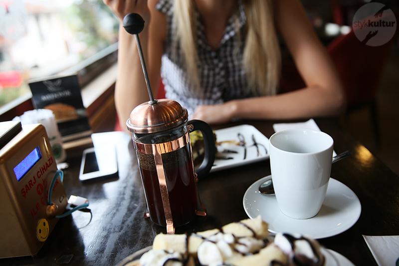 kawa po turecku3 Kawa po turecku   jak smakuje, jak parzyć oraz jak serwować?