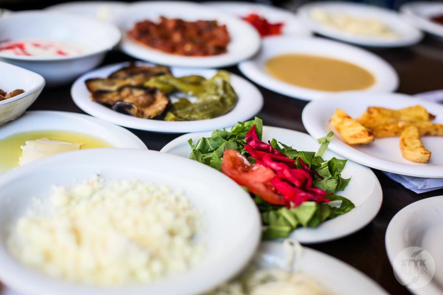 Wtorek 7724 Jak wygląda typowe tureckie śniadanie?