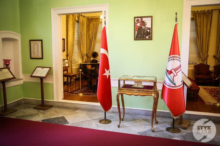 DO7A9908 Karşıyaka   lewantyńskie rezydencje, willa żony Atatürka oraz domy sakız