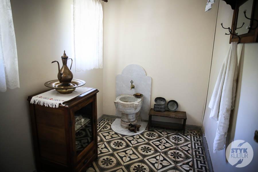 DO7A9914 Karşıyaka   lewantyńskie rezydencje, willa żony Atatürka oraz domy sakız