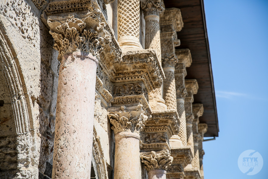 Wtorek 7887 Wielki Meczet w Diyarbakır   najstarsza islamska świątynia Mezopotamii