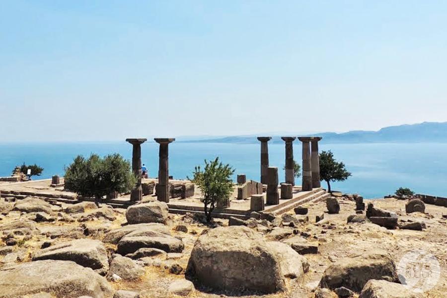 assos13 Starożytne Assos w Turcji, w pobliżu wsi Behramkale