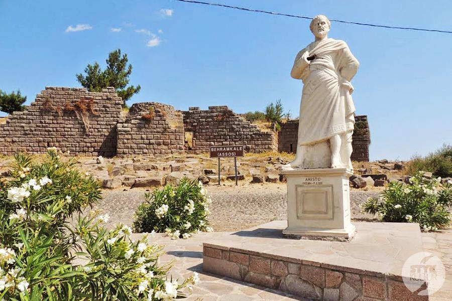 assos18 Starożytne Assos w Turcji, w pobliżu wsi Behramkale