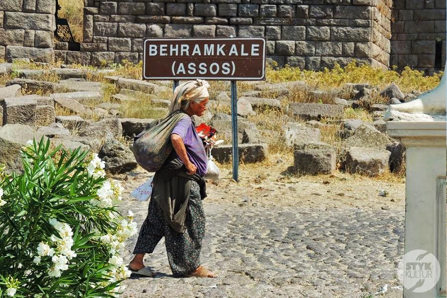 assos19 Starożytne Assos w Turcji, w pobliżu wsi Behramkale