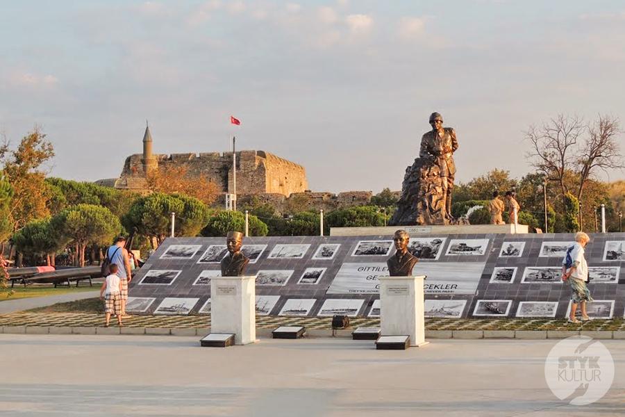 canakkale stare24 Çanakkale, Turcja   miasto nad cieśniną Dardanele [atrakcje, zabytki, koń trojański]