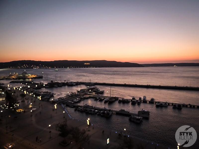 Dardanele 8 of 17 Cieśnina Dardanele w północno zachodniej Turcji