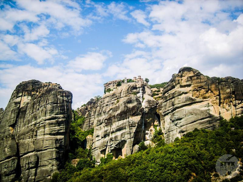 Skiathos 8 of 10 Grecja: Meteory, klasztory zawieszone w powietrzu i podniebni mnisi