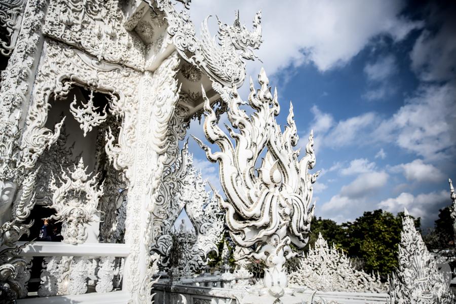 WhiteTemple 10 of 30 White Temple   imponująca Biała Świątynia na północny Tajlandii