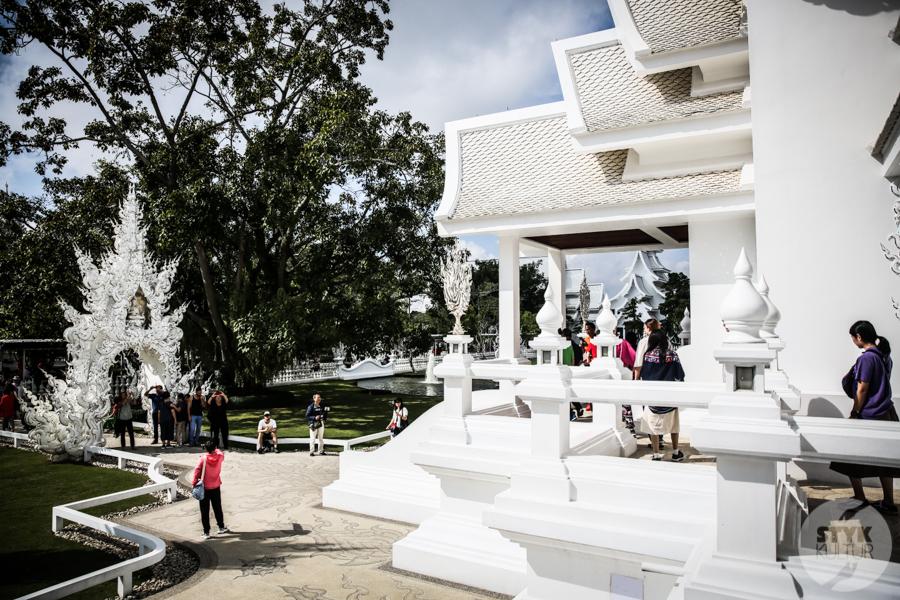 WhiteTemple 11 of 30 White Temple   imponująca Biała Świątynia na północny Tajlandii