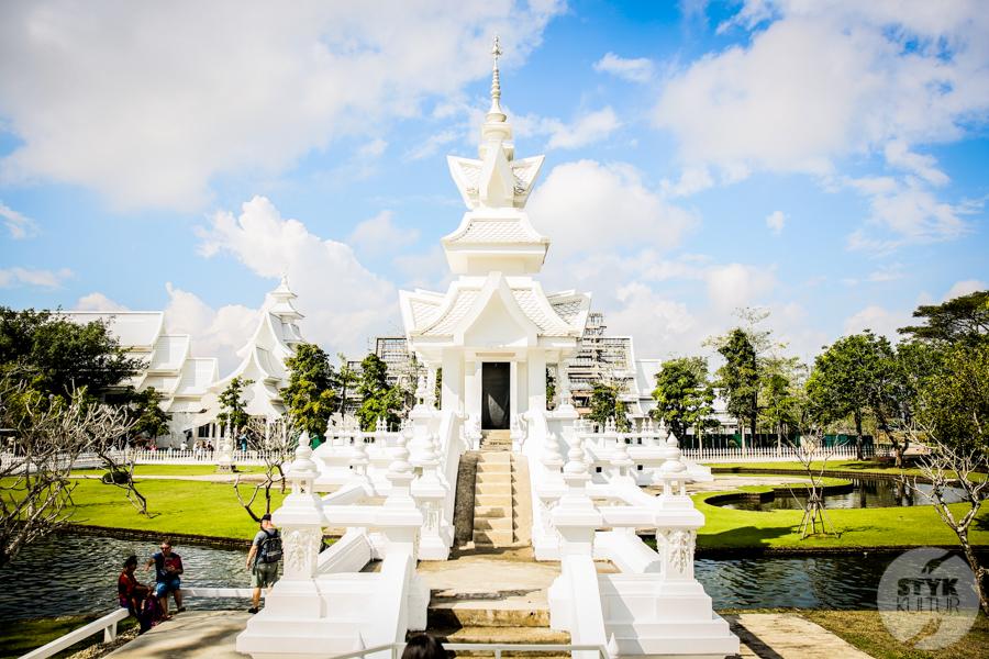 WhiteTemple 14 of 30 White Temple   imponująca Biała Świątynia na północny Tajlandii