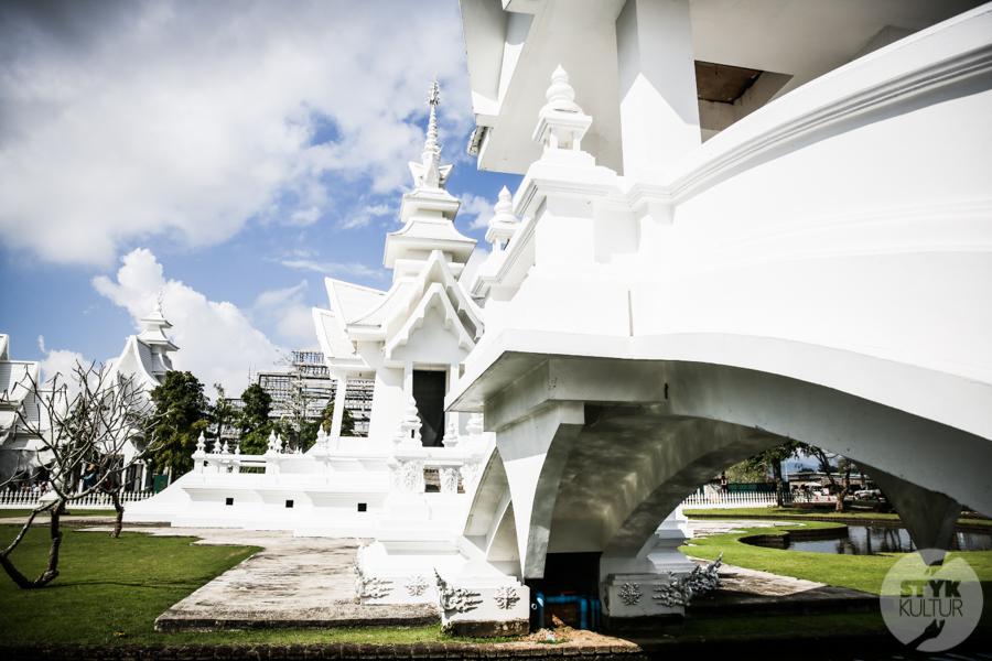 WhiteTemple 15 of 30 White Temple   imponująca Biała Świątynia na północny Tajlandii