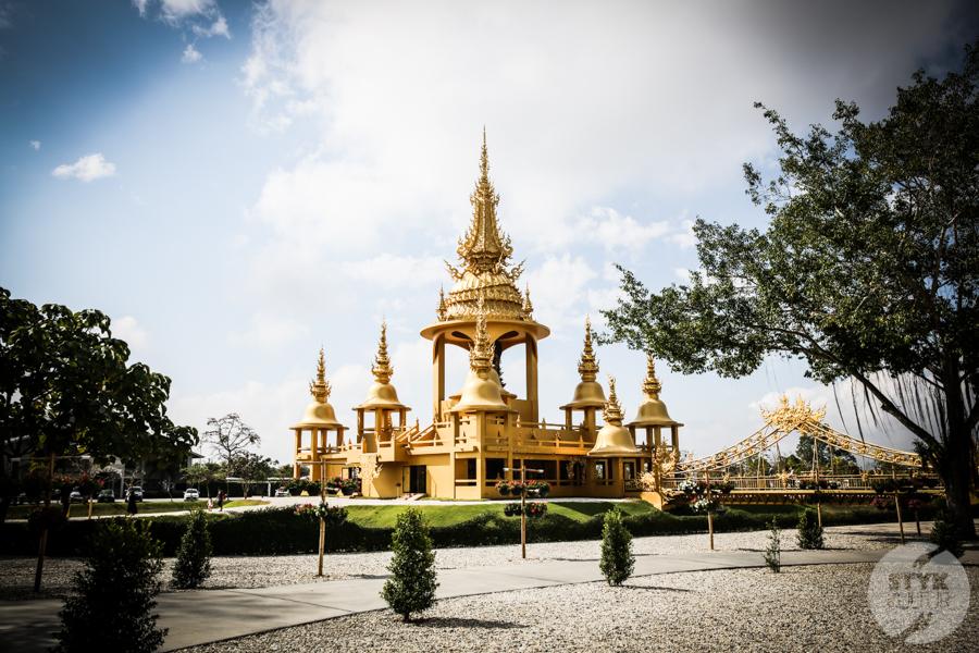 WhiteTemple 18 of 30 White Temple   imponująca Biała Świątynia na północny Tajlandii
