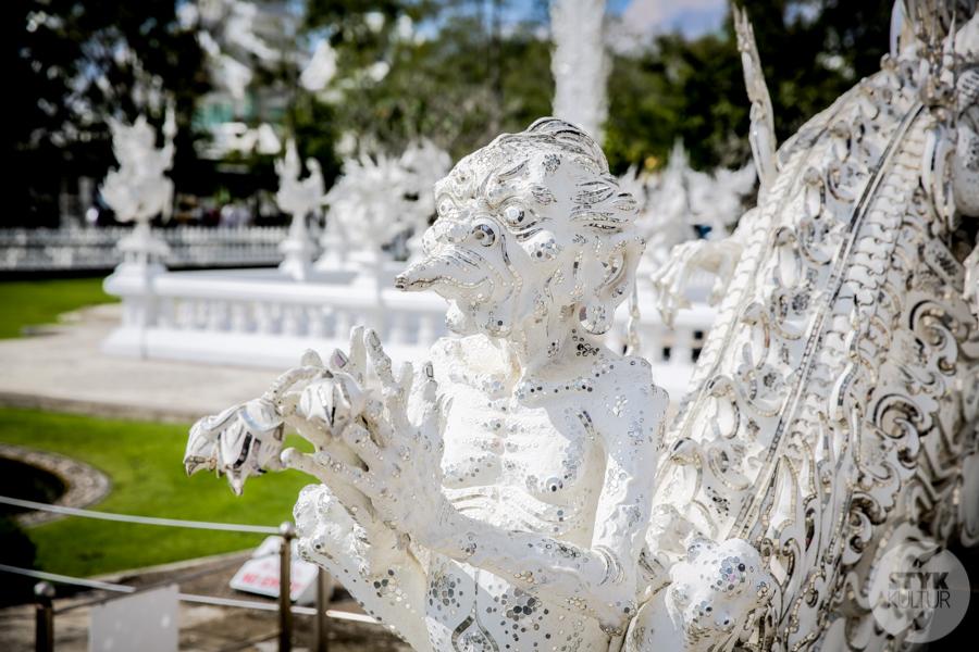 WhiteTemple 9 of 30 White Temple   imponująca Biała Świątynia na północny Tajlandii