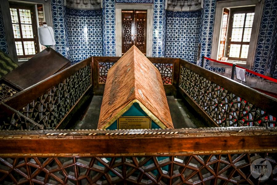 Groby Sulejman Hurrem 3 of 2 Co warto zobaczyć w Stambule? Największe atrakcje miasta