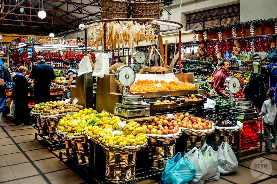 Mercado 31 of 34 Madera : targ owocowy w Funchal (Mercado dos Lavradores)