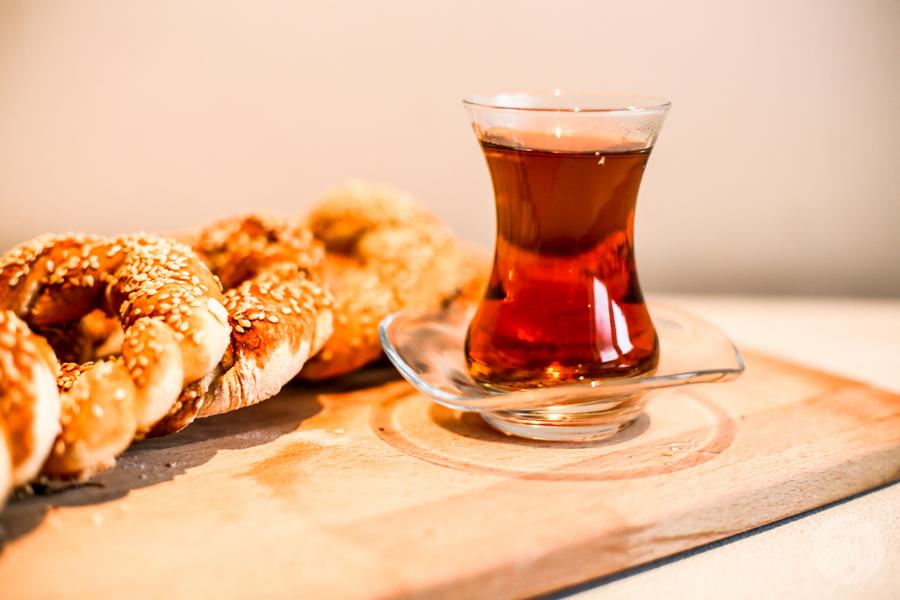 Simity 3 of 9 1 Tęsknisz za Turcją? Wypróbuj przepis na domowe simity, czyli popularne tureckie obwarzanki!