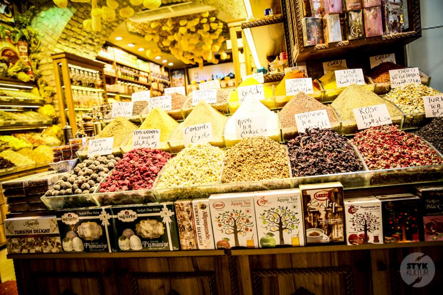 Stambul bazar 1 of 2 Co warto zobaczyć w Stambule? Największe atrakcje miasta