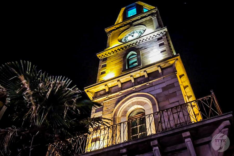 WiezaZegerowa Canakkale 3 of 5 Atrakcje Çanakkale: XIX wieczna wieża zegarowa