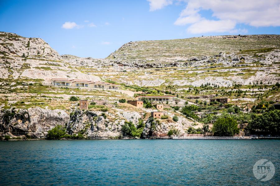 Halfeti 9392 Halfeti   zatopione miasto w południowo wschodniej Turcji podbija serca turystów