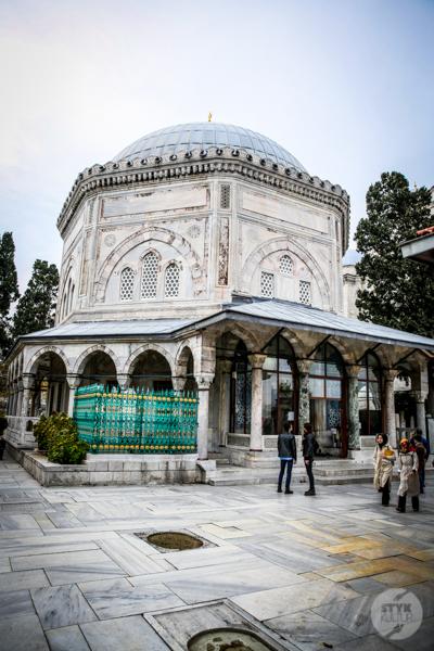 MeczetSulejmana 20 of 30 Meczet Sulejmana i grobowiec wielkiego sułtana w Stambule   historia, lokalizacja, dojazd
