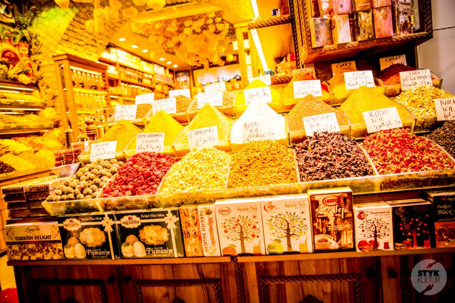 Bazar 1 of 2 12 rzeczy, które warto zrobić w Stambule