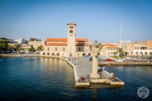 Rodos katedra 4 300x200 Co warto zobaczyć w mieście Rodos? 12 najpopularniejszych atrakcji stolicy greckiej wyspy