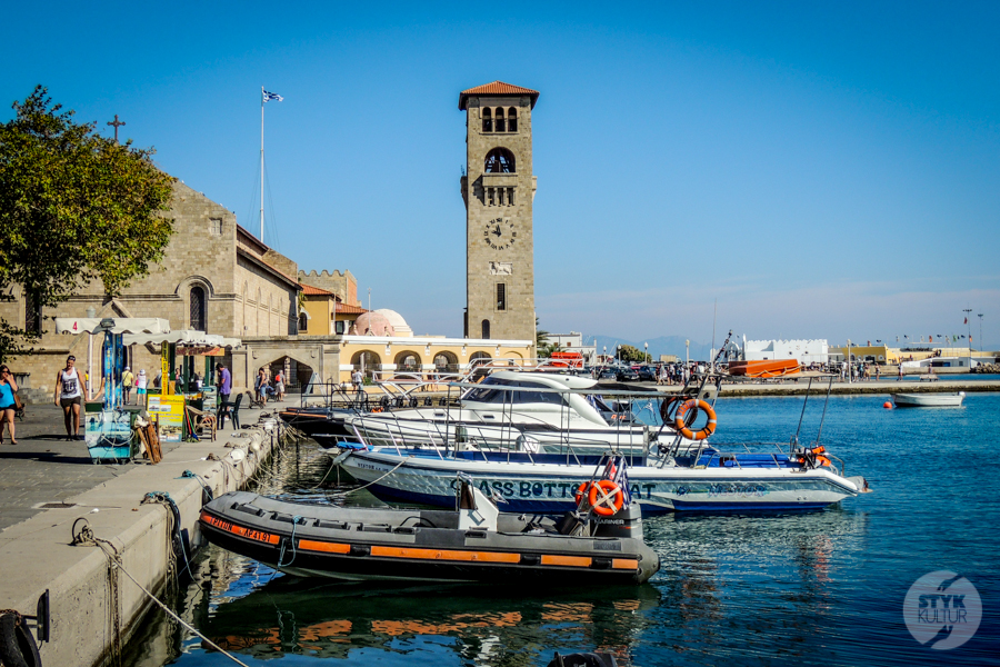 Rodos port4 7 Co warto zobaczyć w mieście Rodos? 12 najpopularniejszych atrakcji stolicy greckiej wyspy