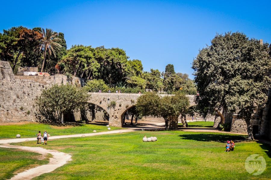 Rodos stolica 16 Co warto zobaczyć w mieście Rodos? 12 najpopularniejszych atrakcji stolicy greckiej wyspy