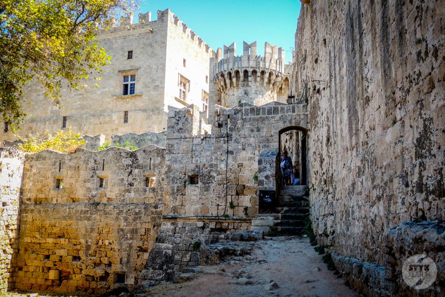 Rodos stolica 17 Co warto zobaczyć w mieście Rodos? 12 najpopularniejszych atrakcji stolicy greckiej wyspy