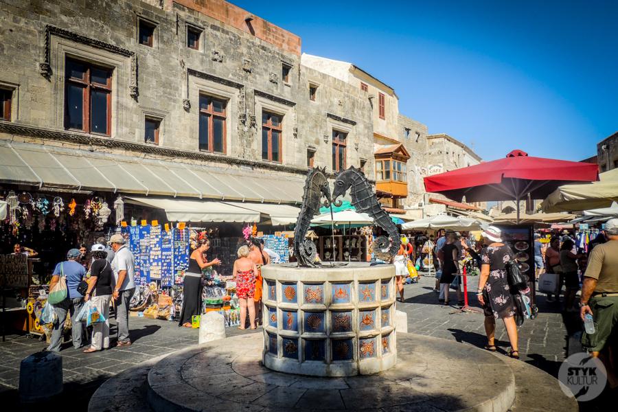 Rodos stolica2 1 Co warto zobaczyć w mieście Rodos? 12 najpopularniejszych atrakcji stolicy greckiej wyspy