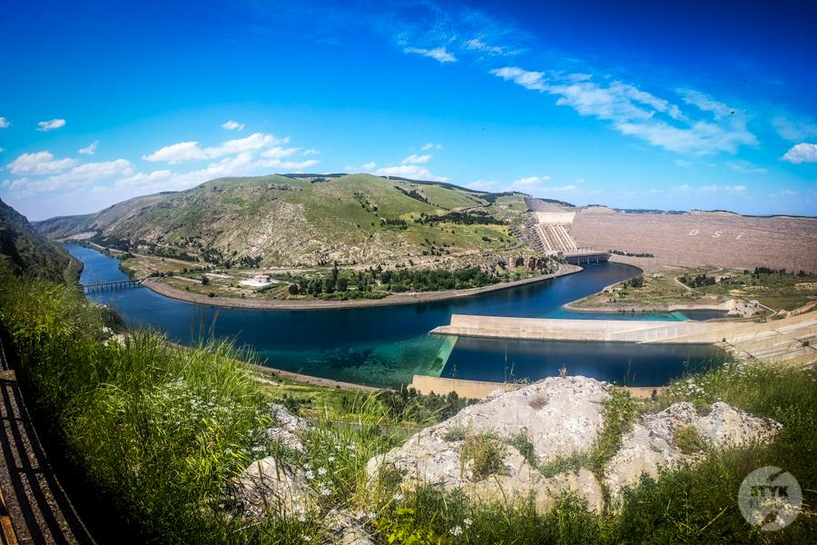 ZaporaAtaturka3 1 of 1 Nieznane miejsca w Turcji: Zapora Atatürka na rzece Eufrat