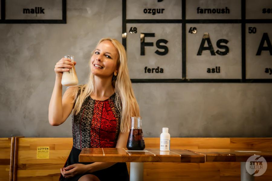 WCR AgnieszkaMaury Odwiedziliśmy Walter's Coffee Roastery w Kadıköy, stambulską kawiarnię inspirowaną Breaking Bad