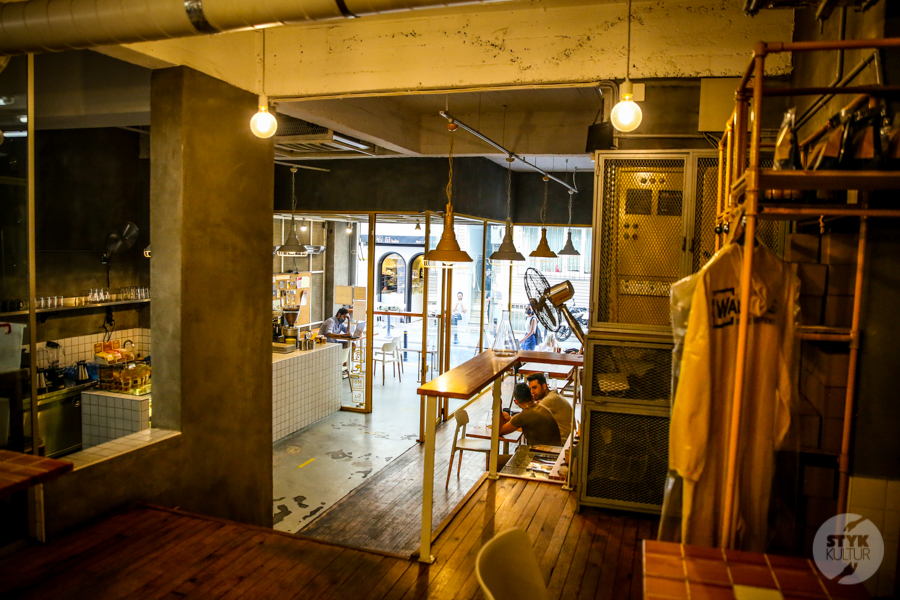 WaltersCoffeeRoastery 8 of 10 Odwiedziliśmy Walter's Coffee Roastery w Kadıköy, stambulską kawiarnię inspirowaną Breaking Bad
