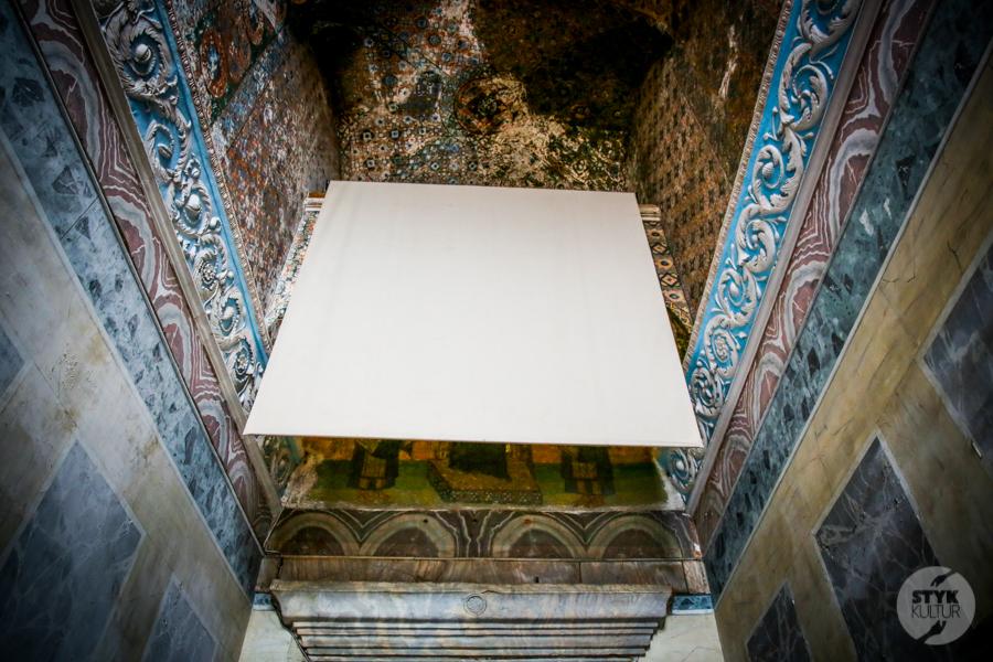 HagiaSophia meczet 4 of 24 Odwiedziliśmy meczet Hagia Sophia. Tak obecnie prezentuje się wnętrze dawnej świątyni chrześcijańskiej