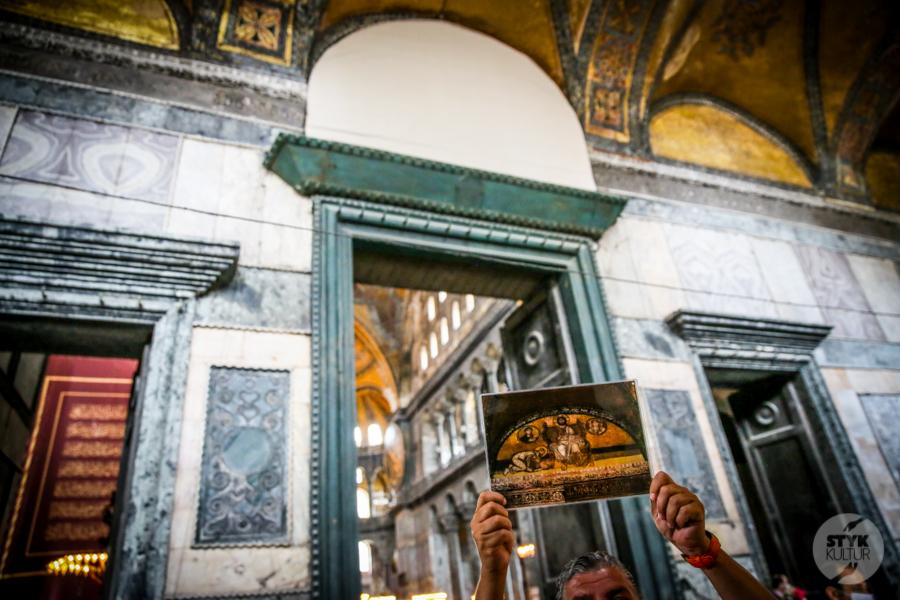 HagiaSophia meczet 6 of 24 Odwiedziliśmy meczet Hagia Sophia. Tak obecnie prezentuje się wnętrze dawnej świątyni chrześcijańskiej