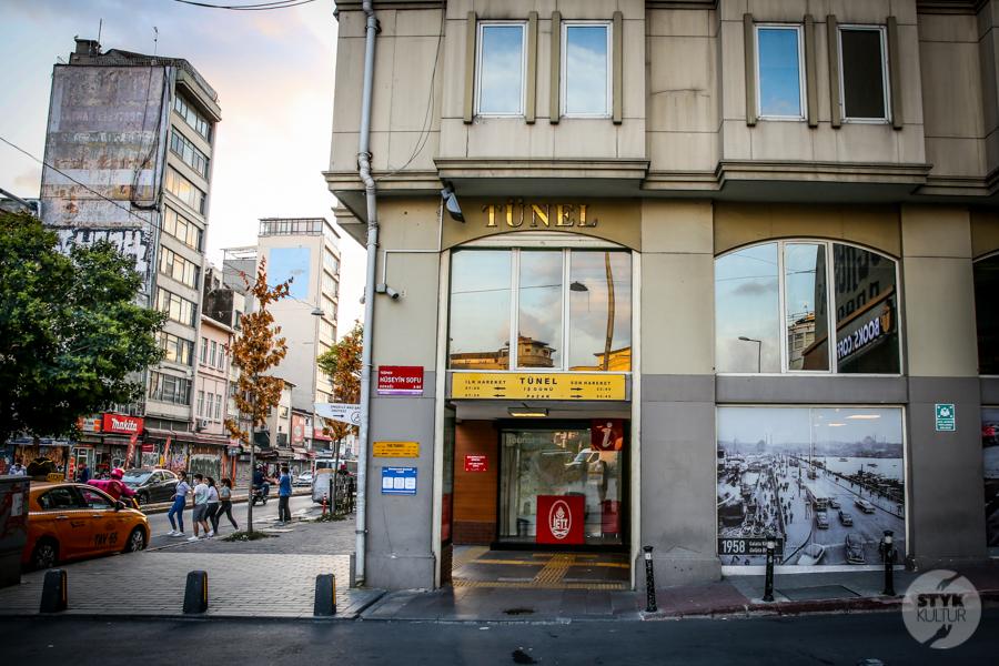"""kolejka 1 of 12 Stambulski """"Tünel""""   druga najstarsza podziemna kolej w Europie!"""