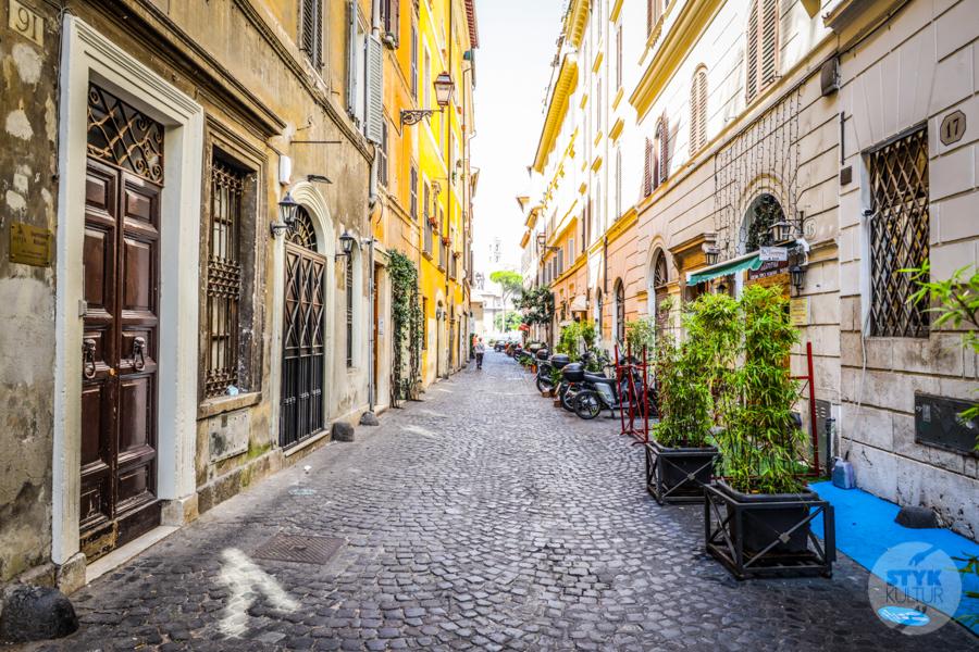 Polecany Hotel Rzym 10 Polecany hotel w Rzymie: Madonna De'Monti Suites
