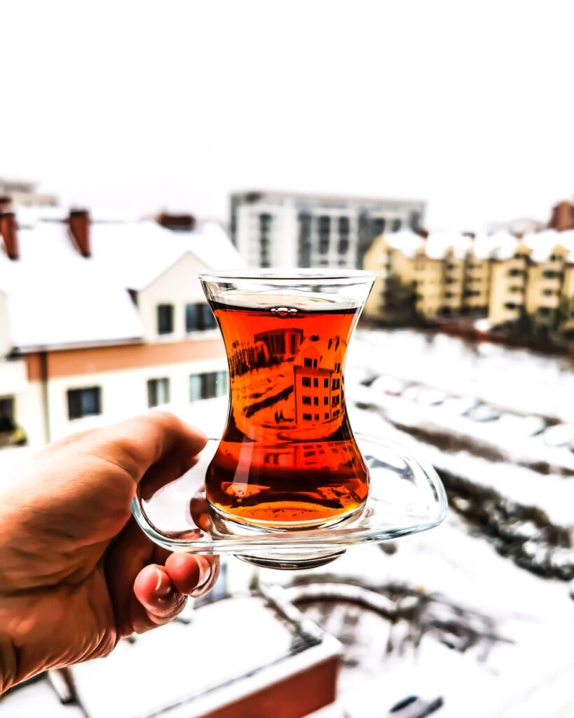139277836 2661267954163637 8289113620563329321 n 36 819x1024 Turecka herbata   jak smakuje czaj i  jak go parzyć?