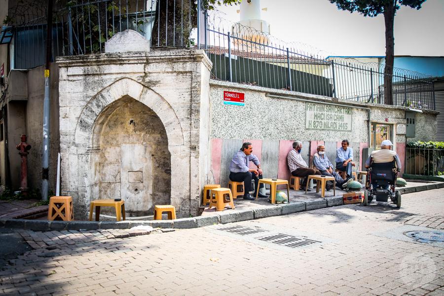 Balat meczet 6 of 1 Balat i Fener w Stambule   kolorowe dzielnice z bogatą historią