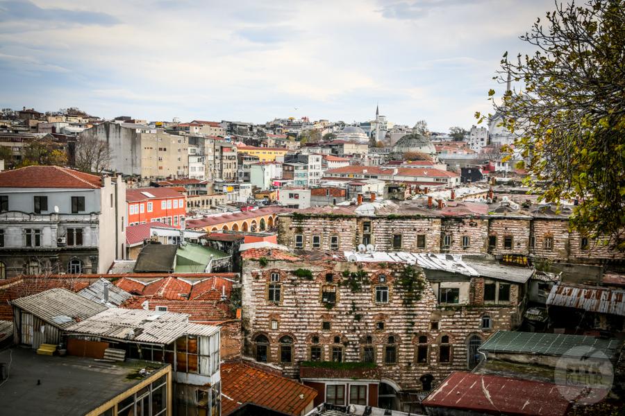 BuyukValideHan 2 of 14 Büyük Valide Han   największy historyczny karawanseraj w Stambule