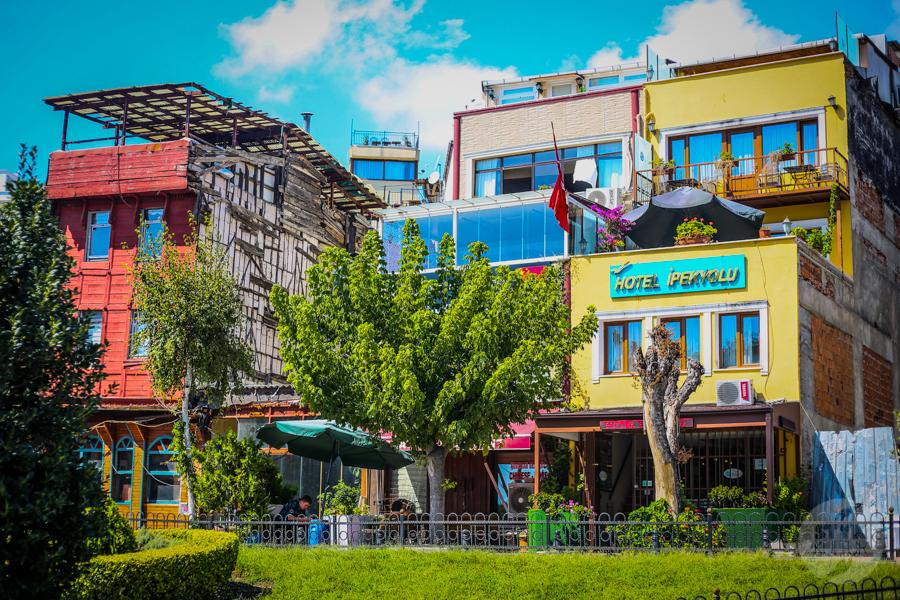 Cankurtaran Stambul 6 Cankurtaran   urocza dzielnica w Stambule, rodem ze starego tureckiego filmu