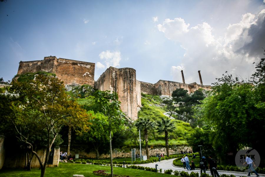 Sanliurfa meczet 16 of 18 Şanliurfa   miejsce narodzin proroka Ibrahima oraz cel pielgrzymek muzułmanów (Turcja Wschodnia)