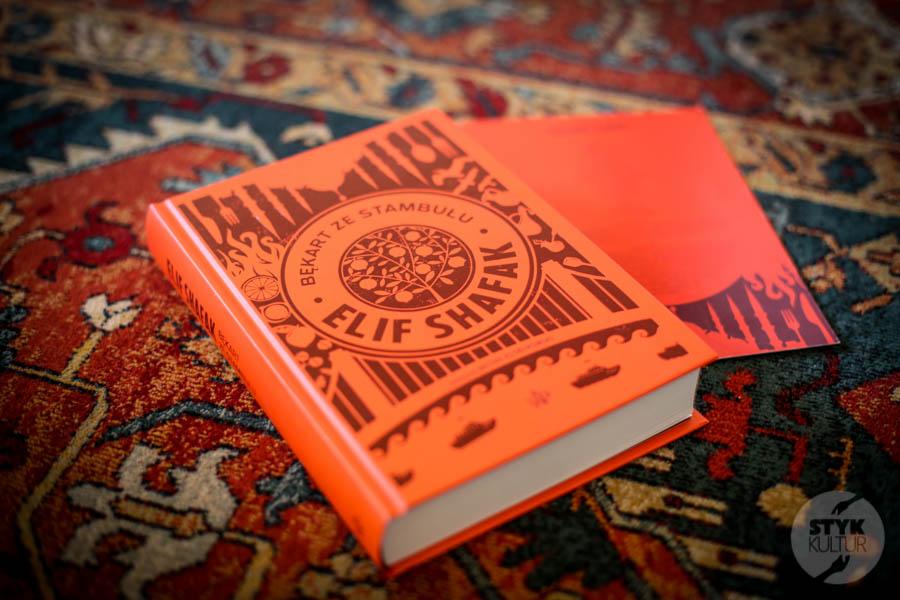 """BekartazeStambulu 1 of 3 1 Elif Şafak   """"Bękart ze Stambułu""""   recenzja książki + KONKURS dla czytelników Styku Kultur"""