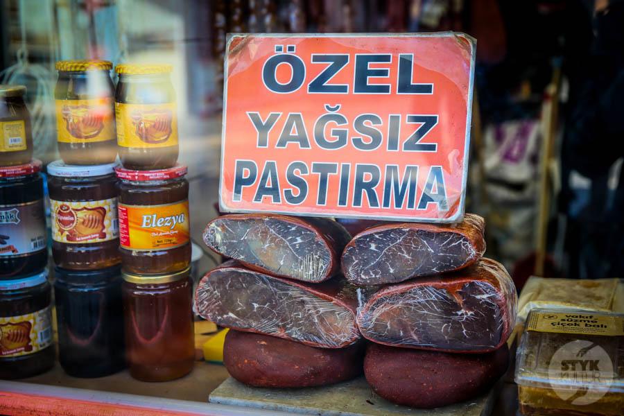 Kayseri bazar 1 of 5 Drugi największy historyczny bazar Turcji: 800 letni Kayseri Çarşısı