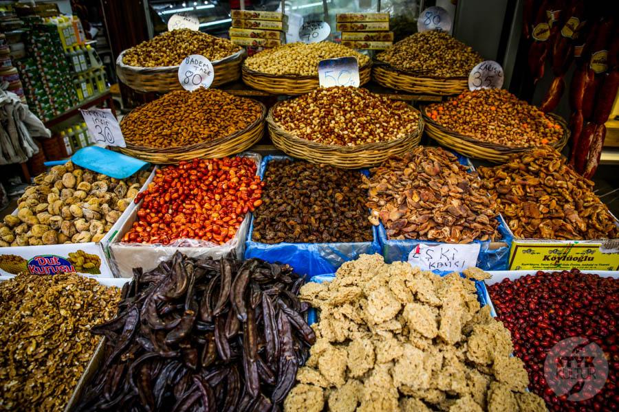 Kayseri bazar 13 of 21 Drugi największy historyczny bazar Turcji: 800 letni Kayseri Çarşısı