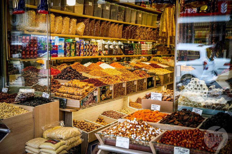 Kayseri bazar 16 of 21 Drugi największy historyczny bazar Turcji: 800 letni Kayseri Çarşısı