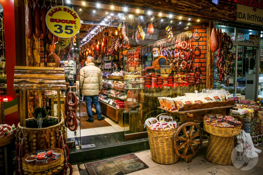 Kayseri bazar 19 of 21 Drugi największy historyczny bazar Turcji: 800 letni Kayseri Çarşısı