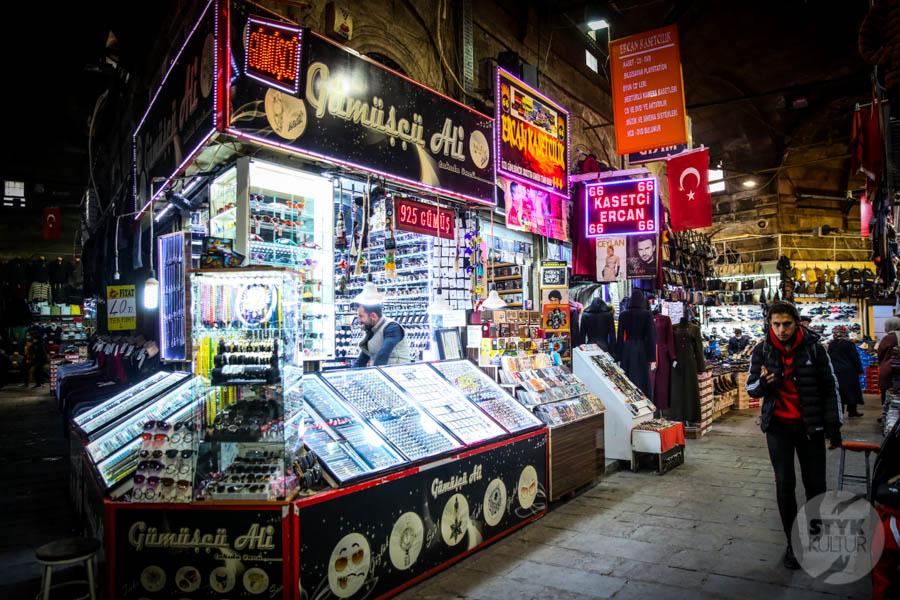 Kayseri bazar 6 of 21 Drugi największy historyczny bazar Turcji: 800 letni Kayseri Çarşısı