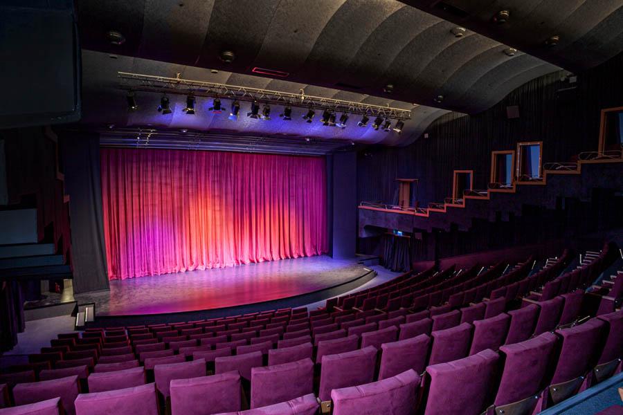 KinoAtlas Stambul 9 of 13 Nowe miejsca na mapie Stambułu. Kino Atlas i Muzeum Kinematografii czekają na gości