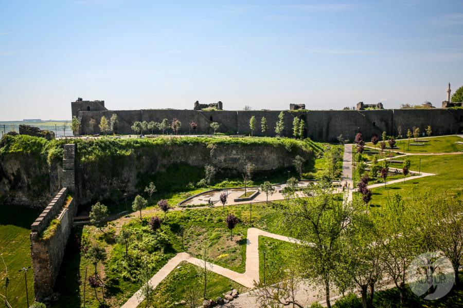 Diyarbakir Turcja 7 of 8 W Diyarbakır odkryto ulicę z czasów rzymskich, liczącą ponad 2000 lat